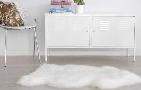 schaffell teppich weiss. Black Bedroom Furniture Sets. Home Design Ideas